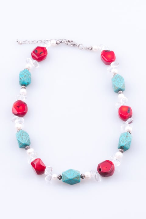 woman necklace coral turquoise blue missangas e companhia